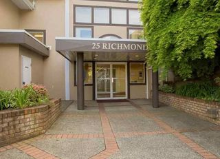 """Photo 2: 304 25 RICHMOND Street in New Westminster: Fraserview NW Condo for sale in """"Fraserview"""" : MLS®# R2300303"""