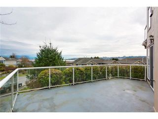 """Photo 12: 304 25 RICHMOND Street in New Westminster: Fraserview NW Condo for sale in """"Fraserview"""" : MLS®# R2300303"""