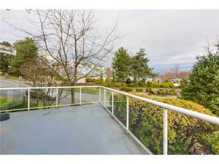 """Photo 11: 304 25 RICHMOND Street in New Westminster: Fraserview NW Condo for sale in """"Fraserview"""" : MLS®# R2300303"""