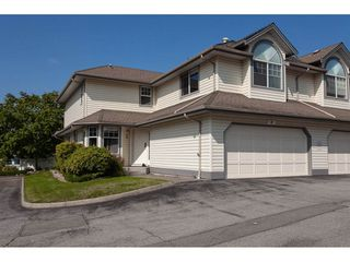 """Main Photo: 4 22538 116 Avenue in Maple Ridge: East Central Townhouse for sale in """"POOLSIDE FRASERVIEW VILLAGE"""" : MLS®# R2307408"""