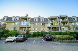 Main Photo: 305 1760 SOUTHMERE Crescent in Surrey: Sunnyside Park Surrey Condo for sale (South Surrey White Rock)  : MLS®# R2308144