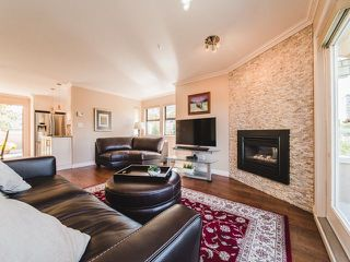 Photo 2: 5 890 BROUGHTON Street in Vancouver: West End VW Condo for sale (Vancouver West)  : MLS®# R2311423