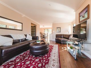 Photo 3: 5 890 BROUGHTON Street in Vancouver: West End VW Condo for sale (Vancouver West)  : MLS®# R2311423
