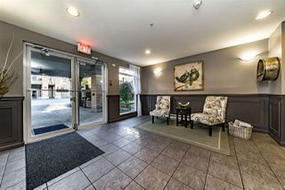 Photo 2: 111 2558 PARKVIEW Lane in Port Coquitlam: Central Pt Coquitlam Condo for sale : MLS®# R2316024