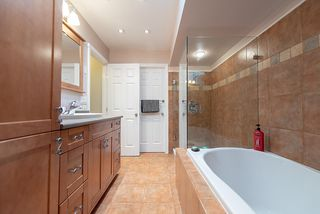 """Photo 19: 9466 SNOWBERRY Court in Burnaby: Forest Hills BN Townhouse for sale in """"SNOWBERRY COURT"""" (Burnaby North)  : MLS®# R2317860"""