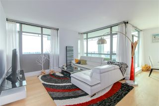 Photo 3: 1601 5782 BERTON Avenue in Vancouver: University VW Condo for sale (Vancouver West)  : MLS®# R2336789