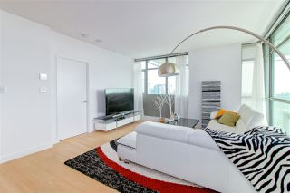 Photo 4: 1601 5782 BERTON Avenue in Vancouver: University VW Condo for sale (Vancouver West)  : MLS®# R2336789