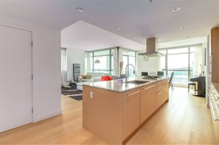 Photo 2: 1601 5782 BERTON Avenue in Vancouver: University VW Condo for sale (Vancouver West)  : MLS®# R2336789