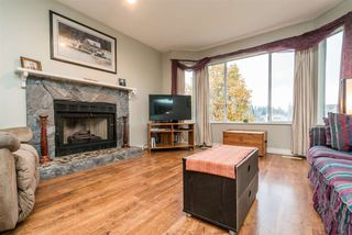 Photo 5: 24873 119 Avenue in Maple Ridge: Websters Corners House for sale : MLS®# R2342240