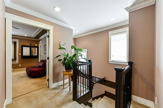 Photo 8: 6739 191A Street in Surrey: Clayton House for sale (Cloverdale)  : MLS®# R2343622