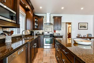Photo 4: 6739 191A Street in Surrey: Clayton House for sale (Cloverdale)  : MLS®# R2343622