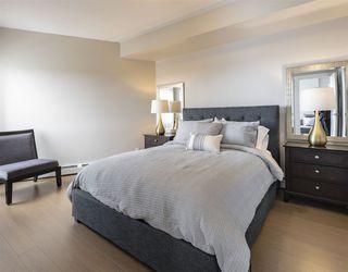 Photo 11: 2704 10410 102 Avenue in Edmonton: Zone 12 Condo for sale : MLS®# E4145941