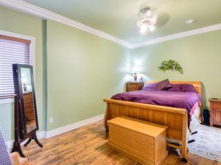 "Photo 9: 4008 KINCAID Street in Burnaby: Burnaby Hospital House 1/2 Duplex for sale in ""BURNABY HOSPITAL"" (Burnaby South)  : MLS®# R2346188"