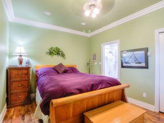 "Photo 8: 4008 KINCAID Street in Burnaby: Burnaby Hospital House 1/2 Duplex for sale in ""BURNABY HOSPITAL"" (Burnaby South)  : MLS®# R2346188"