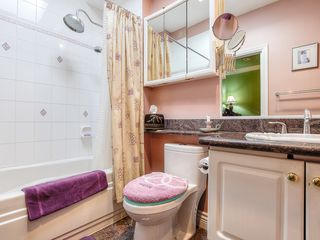 "Photo 12: 4008 KINCAID Street in Burnaby: Burnaby Hospital House 1/2 Duplex for sale in ""BURNABY HOSPITAL"" (Burnaby South)  : MLS®# R2346188"