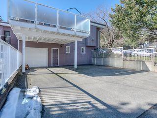 "Photo 15: 4008 KINCAID Street in Burnaby: Burnaby Hospital House 1/2 Duplex for sale in ""BURNABY HOSPITAL"" (Burnaby South)  : MLS®# R2346188"