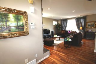 Photo 5: 4018 Macttaggart Drive NW in Edmonton: Zone 14 House for sale : MLS®# E4147101