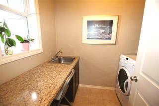 Photo 11: 4018 Mactaggart Drive NW in Edmonton: Zone 14 House for sale : MLS®# E4147101