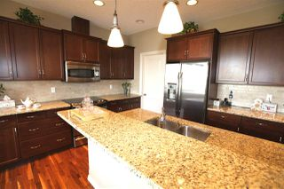 Photo 10: 4018 Macttaggart Drive NW in Edmonton: Zone 14 House for sale : MLS®# E4147101