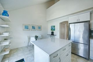 Photo 2: 21 10235 111 Street in Edmonton: Zone 12 Townhouse for sale : MLS®# E4153626