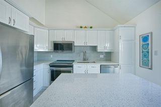 Photo 3: 21 10235 111 Street in Edmonton: Zone 12 Townhouse for sale : MLS®# E4153626