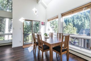 Photo 5: 1048 TOBERMORY Way in Squamish: Garibaldi Highlands House for sale : MLS®# R2364094