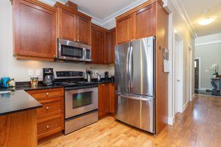 Photo 11: 927 Shirley Road in VICTORIA: Es Kinsmen Park Half Duplex for sale (Esquimalt)  : MLS®# 410452