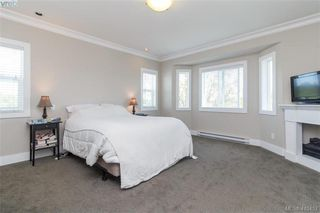 Photo 10: 927 Shirley Rd in VICTORIA: Es Kinsmen Park Half Duplex for sale (Esquimalt)  : MLS®# 813669