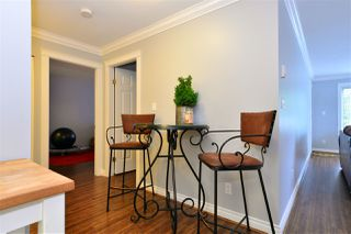 """Photo 7: 104 1378 GEORGE Street: White Rock Condo for sale in """"FRANKLIN PLACE"""" (South Surrey White Rock)  : MLS®# R2371327"""