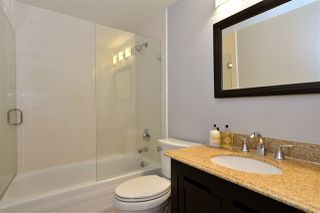 "Photo 16: 104 1378 GEORGE Street: White Rock Condo for sale in ""FRANKLIN PLACE"" (South Surrey White Rock)  : MLS®# R2371327"