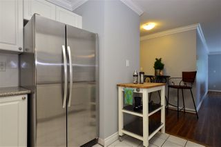 "Photo 10: 104 1378 GEORGE Street: White Rock Condo for sale in ""FRANKLIN PLACE"" (South Surrey White Rock)  : MLS®# R2371327"