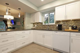 """Photo 3: 61 1930 CEDAR VILLAGE Crescent in North Vancouver: Westlynn Townhouse for sale in """"Mountain Estates"""" : MLS®# R2375231"""