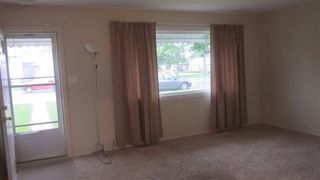 Photo 2: 13312 131A Avenue NW in Edmonton: Zone 01 House for sale : MLS®# E4163804