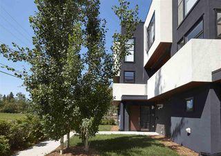 Photo 2: 10182 143 Street in Edmonton: Zone 21 Townhouse for sale : MLS®# E4165339