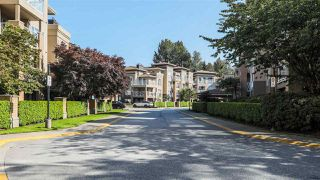 "Photo 20: 112 2559 PARKVIEW Lane in Port Coquitlam: Central Pt Coquitlam Condo for sale in ""THE CRESCENT"" : MLS®# R2396239"