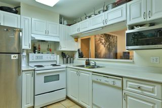 """Photo 12: 2416 E 8TH Avenue in Vancouver: Renfrew VE Townhouse for sale in """"8th Avenue Garden Apartments"""" (Vancouver East)  : MLS®# R2447479"""