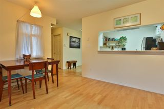 """Photo 10: 2416 E 8TH Avenue in Vancouver: Renfrew VE Townhouse for sale in """"8th Avenue Garden Apartments"""" (Vancouver East)  : MLS®# R2447479"""