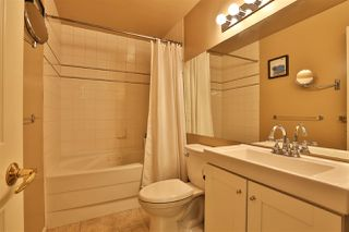 """Photo 14: 2416 E 8TH Avenue in Vancouver: Renfrew VE Townhouse for sale in """"8th Avenue Garden Apartments"""" (Vancouver East)  : MLS®# R2447479"""