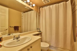"""Photo 16: 2416 E 8TH Avenue in Vancouver: Renfrew VE Townhouse for sale in """"8th Avenue Garden Apartments"""" (Vancouver East)  : MLS®# R2447479"""