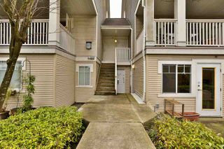 """Photo 2: 2416 E 8TH Avenue in Vancouver: Renfrew VE Townhouse for sale in """"8th Avenue Garden Apartments"""" (Vancouver East)  : MLS®# R2447479"""