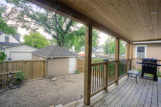 Photo 19: 305 Beaverbrook Street in Winnipeg: Single Family Detached for sale (1C)  : MLS®# 202015362