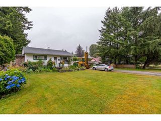 Photo 2: 14389 KINDERSLEY Drive in Surrey: Bolivar Heights House for sale (North Surrey)  : MLS®# R2481406