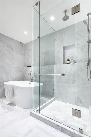 """Photo 9: 307 7433 CAMBIE Street in Vancouver: South Cambie Condo for sale in """"CAMBIE GARDENS"""" (Vancouver West)  : MLS®# R2507548"""