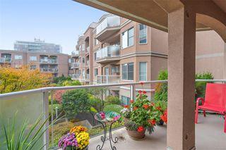 Photo 5: 206 405 Quebec St in : Vi James Bay Condo for sale (Victoria)  : MLS®# 859612