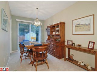 """Photo 3: 21368 85B Avenue in Langley: Walnut Grove House for sale in """"Forest Hills"""" : MLS®# F1123454"""