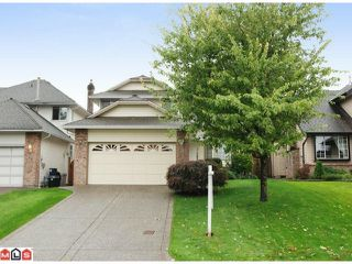 """Photo 1: 21368 85B Avenue in Langley: Walnut Grove House for sale in """"Forest Hills"""" : MLS®# F1123454"""
