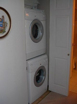 Photo 12: 2-level PENTHOUSE in freehold rainscreened bldg