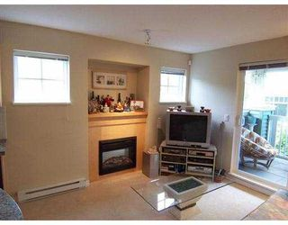 Photo 3: 78 7488 Southwynde Avenue in Burnaby: South Slope Townhouse for sale (Burnaby South)  : MLS®# V646961