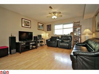Photo 7: 11310 Surrey Road in Surrey: Bolivar Heights House for sale : MLS®# F1224105