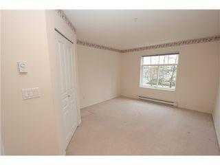Photo 6: 104 4770 52A Street in Ladner: Delta Manor Condo for sale : MLS®# V982183
